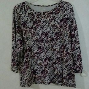 PLUS SZ 1X  3/4 SLEEVED STRETCHY TOP EUC